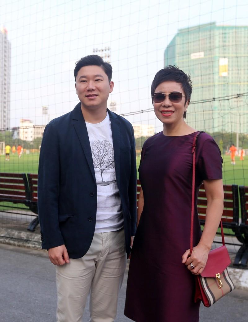 Vị khách đặc biệt trong buổi tập của đội tuyển Việt Nam - ảnh 8