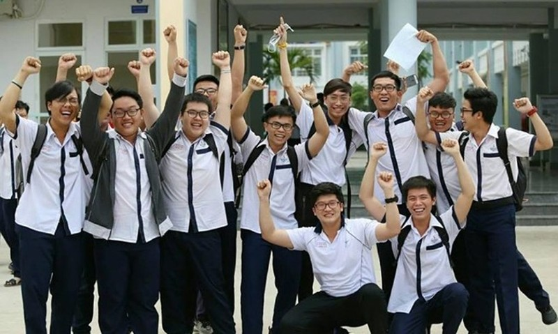 Điểm thi THPT quốc gia tại TP.HCM: Môn Văn có năm điểm 9 - ảnh 1