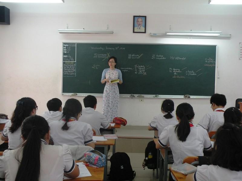 Gần 1.700 ứng viên dự tuyển viên chức Sở GD&ĐT TP.HCM - ảnh 1