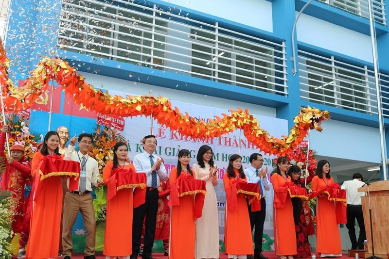 Trường học đầu tiên tại TP.HCM tổ chức lễ khai giảng - ảnh 6