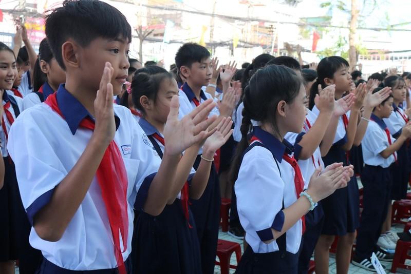 Trường học đầu tiên tại TP.HCM tổ chức lễ khai giảng - ảnh 3