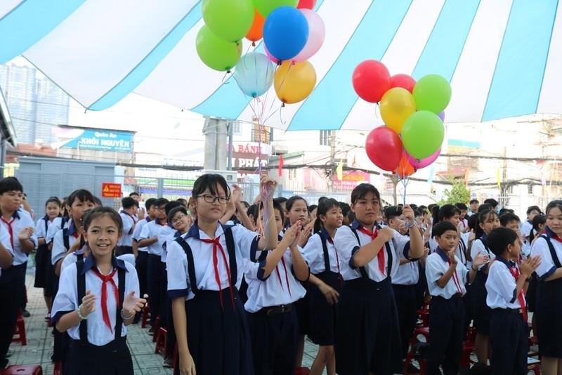 Trường học đầu tiên tại TP.HCM tổ chức lễ khai giảng - ảnh 4