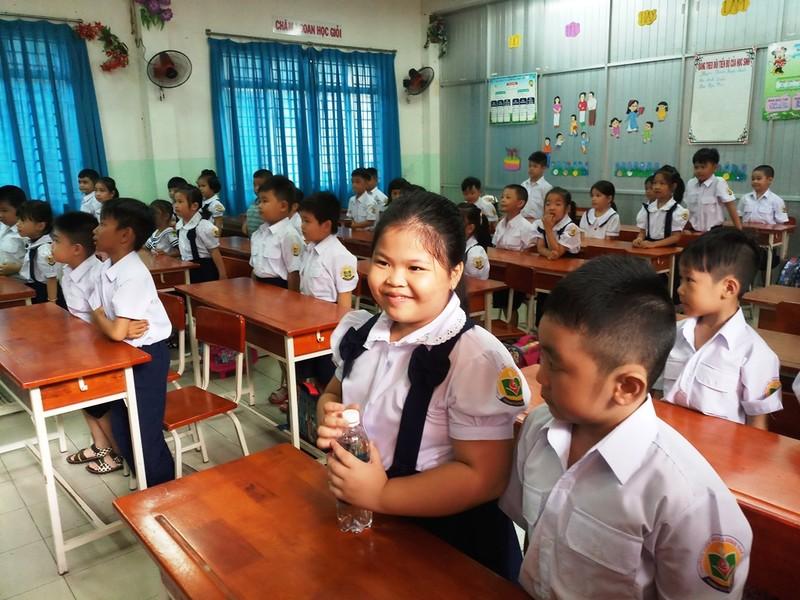 Dạy chương trình tích hợp: Không gây quá tải cho học sinh - ảnh 1