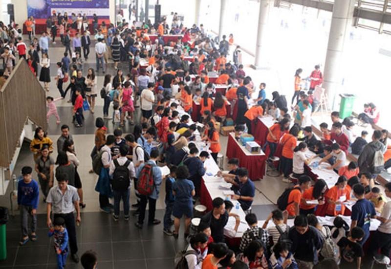 Lần đầu tiên Ngày hội Toán học mở được tổ chức tại TP.HCM - ảnh 1
