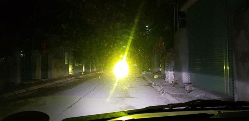 Ô tô có được đăng kiểm khi độ lại đèn xe 'siêu sáng'? - ảnh 1