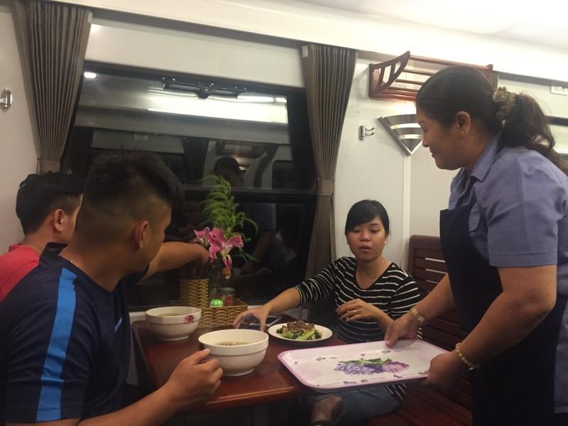 Tàu '5 sao' Sài Gòn - Nha Trang có gì hấp dẫn? - ảnh 6