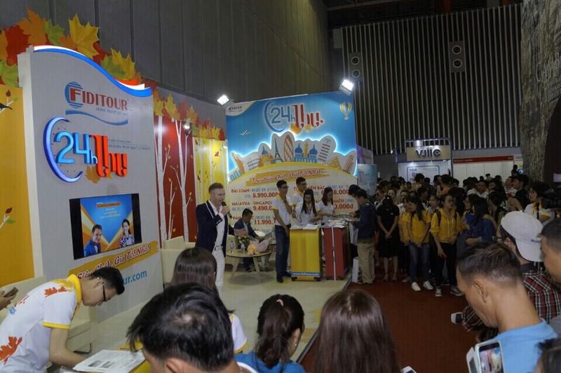 Người Việt đổ xô đăng ký du lịch nước ngoài - ảnh 1