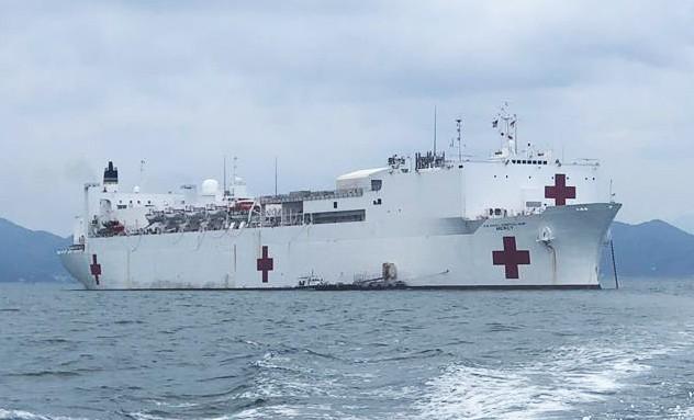 Tàu bệnh viện lớn nhất thế giới của Mỹ trở lại Nha Trang  - ảnh 1