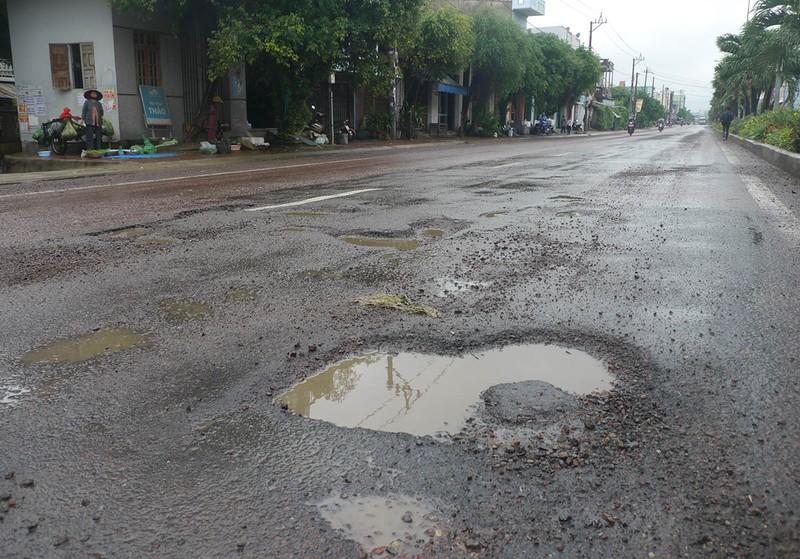 Quốc lộ 1 qua Bình Định càng sửa càng hỏng nặng - ảnh 3