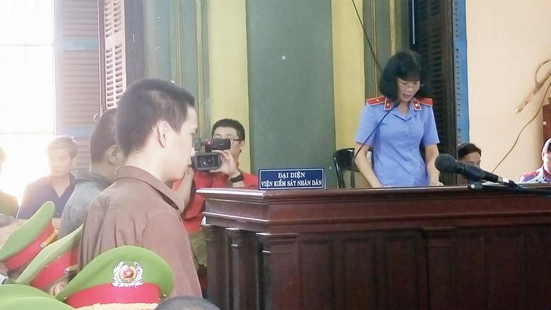 Thảm sát Bình Phước: 'Đọc bản án, không thể tha thứ cho một bị cáo nào' - ảnh 11