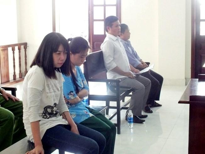Kháng nghị vụ chứa mại dâm nghi lọt người ở Bình Chánh - ảnh 1