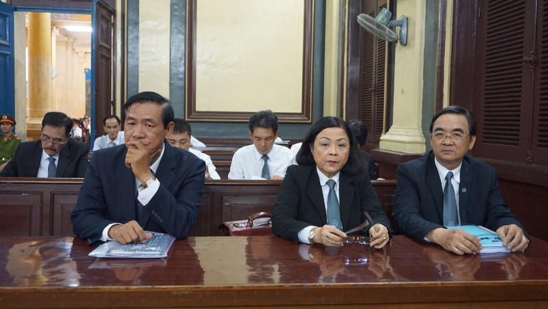 Vụ bà Phấn: Luật sư bất ngờ cung cấp chứng cứ vì không tin VKS - ảnh 1