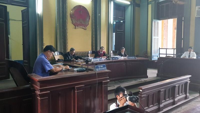 Vụ Vinasun kiện Grab: HĐXX bất ngờ tạm dừng phiên tòa - ảnh 4