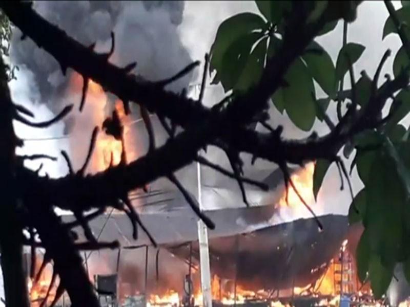 Cháy tàu dầu trên sông Tiền, một người tử vong - ảnh 2