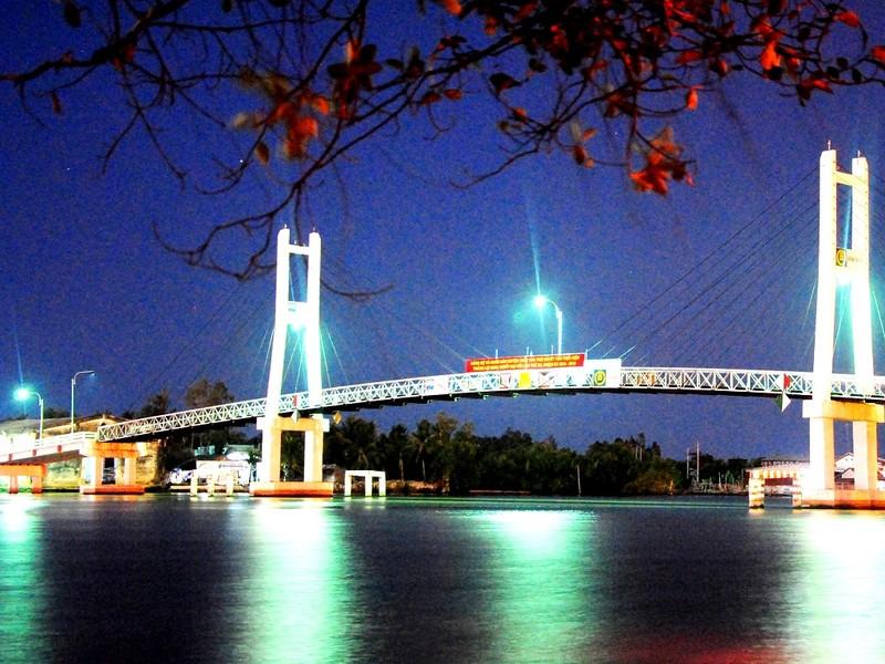 Chuyện lạ Cà Mau: Xây cầu xong... thu phí vô thời hạn - ảnh 1
