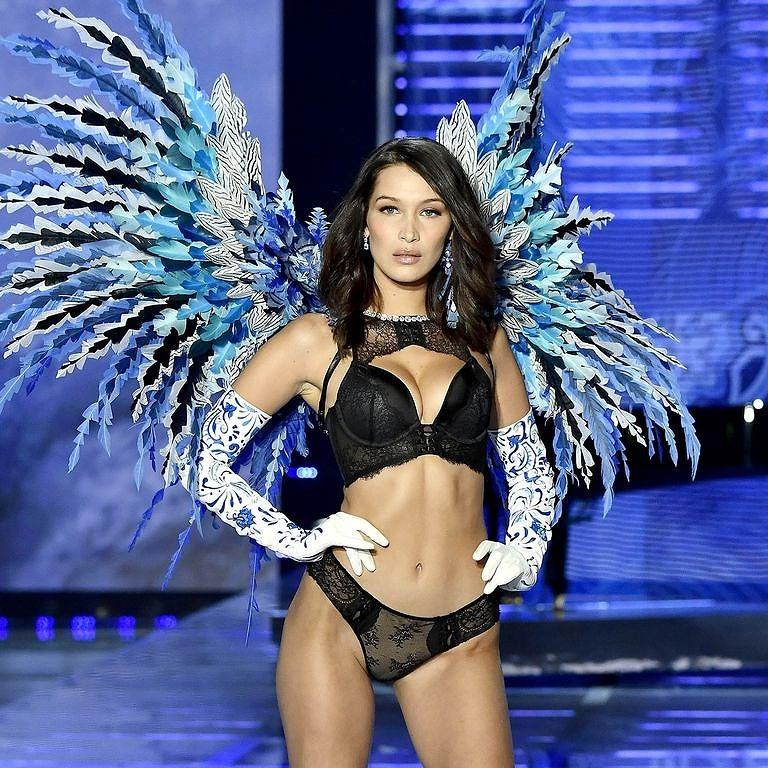 Những thiên thần nóng bỏng trong Victoria's Secret Show 2018 - ảnh 13