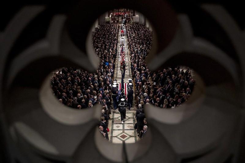 Những điểm nhấn tại đám tang cựu Tổng thống George H.W. Bush  - ảnh 7