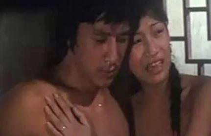 Thành Long bất ngờ bị lộ 'cảnh nóng' trên sóng truyền hình  - ảnh 2