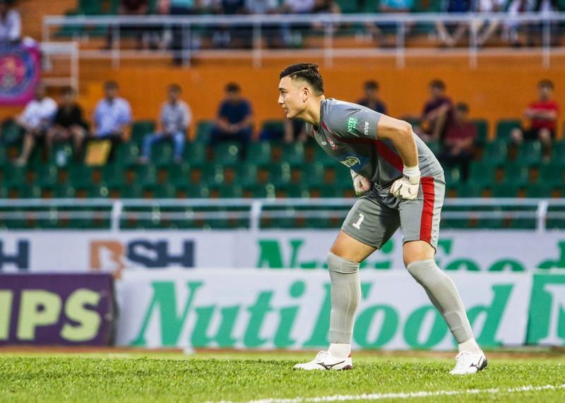 Thủ môn Đặng Văn Lâm làm nản lòng Sài Gòn FC - ảnh 4