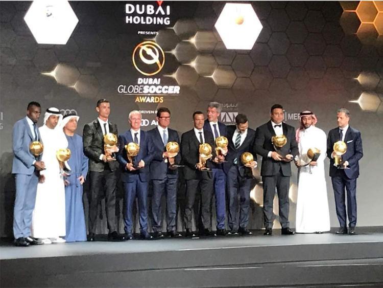 Ronaldo lại giành cú đúp giải thưởng - ảnh 1