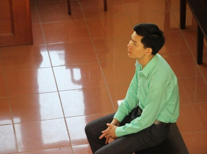 BS Hoàng Công Lương bị cấm đi khỏi nơi cư trú - ảnh 1