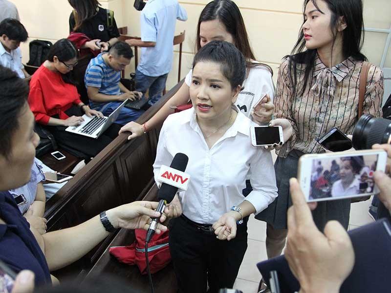 Ngọc Trinh thắng kiện Nhà hát Kịch TP.HCM - ảnh 1