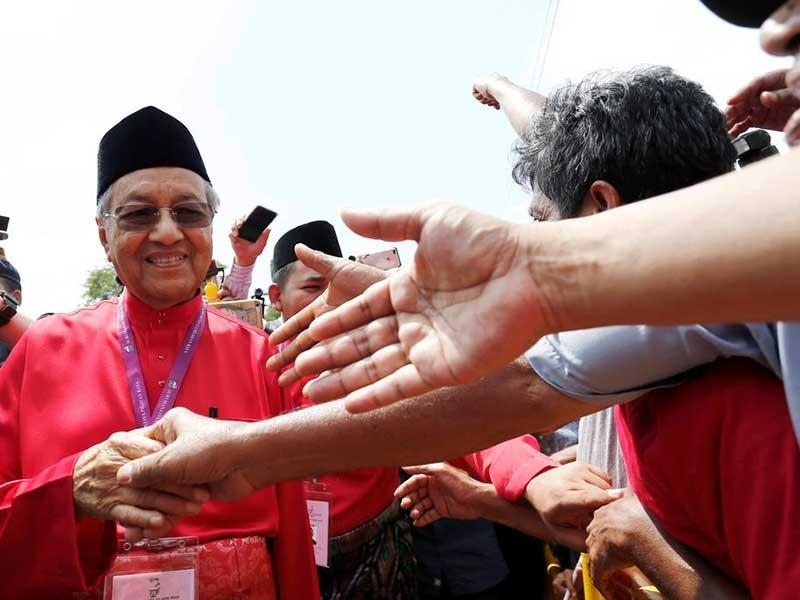 Tân thủ tướng Malaysia: 'Ông già gân' kỳ lạ - ảnh 1