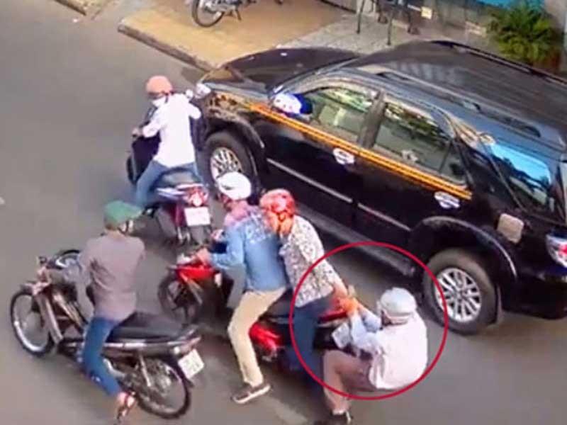 Dân thành thị 'giam mình' vì nỗi lo cướp giật - ảnh 1