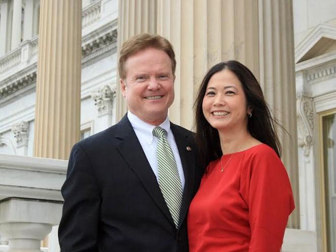 Ứng viên Bộ trưởng Quốc phòng Mỹ có vợ gốc Việt - ảnh 2