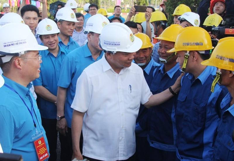 Thủ tướng: Một đồng của công nhân cũng rất quý - ảnh 4