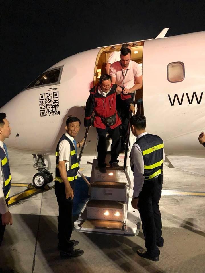 Chùm ảnh đón 3 du khách cuối cùng trở về từ Ai Cập  - ảnh 2
