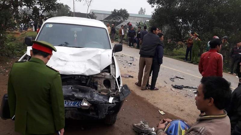 Tai nạn 3 người chết: Xe biển xanh hết hạn đăng kiểm - ảnh 1