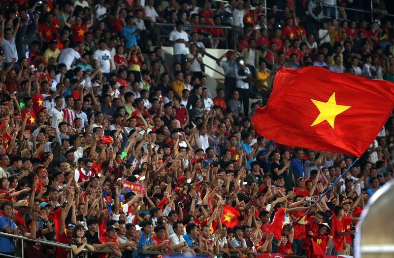 Công Phượng tri ân giới hâm mộ Việt Nam - ảnh 2