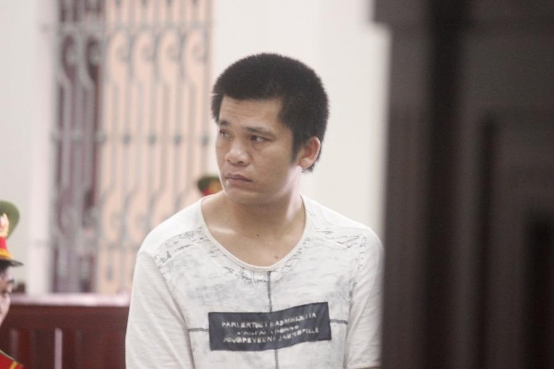 Qua Việt Nam làm thuê kiếm tiền mua rượu, lãnh án... tội khác - ảnh 1