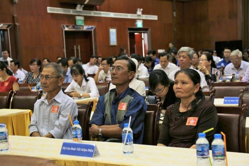 Thêm 10 ngàn hộ dân ở TP.HCM đăng ký tiết kiệm điện - ảnh 1