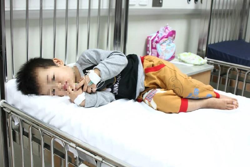 3 trẻ ngộ độc vì ăn nhầm thuốc rối loạn thần kinh của bố - ảnh 2