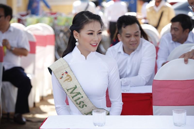 Hoa hậu Phương Khánh trồng cây rừng - ảnh 3