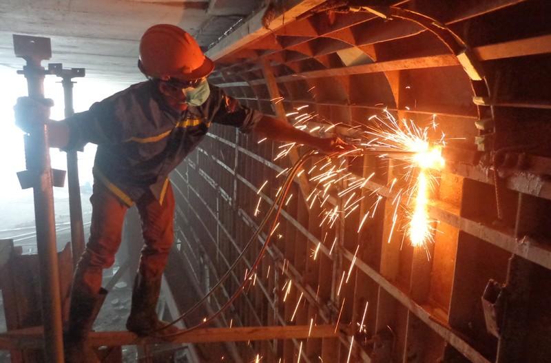 Gấp rút hoàn thành hầm chui tại nút giao Mỹ Thủy - ảnh 3