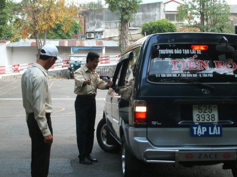 Thanh tra một loạt cơ sở đào tạo, sát hạch lái xe - ảnh 1