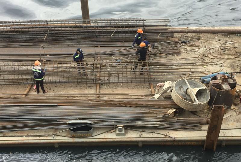 Nguy cơ nhiều cầu cũ, yếu bị tàu va là sập  - ảnh 5