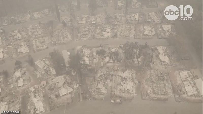 Thị trấn ở California hoang tàn sau thảm họa cháy rừng - ảnh 4
