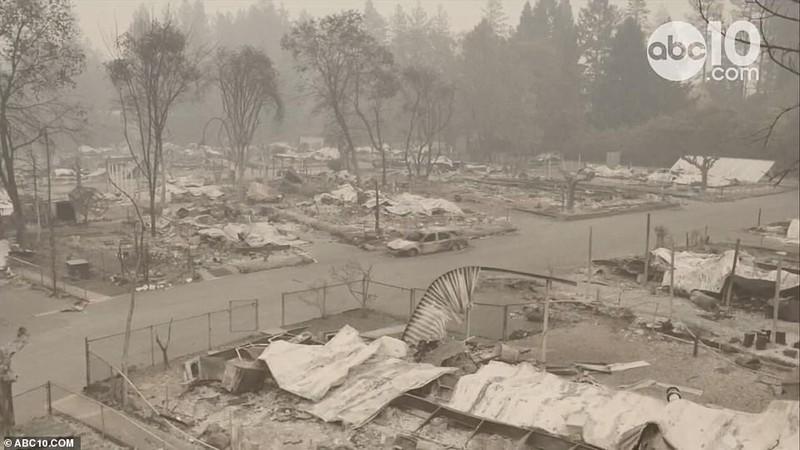 Thị trấn ở California hoang tàn sau thảm họa cháy rừng - ảnh 5