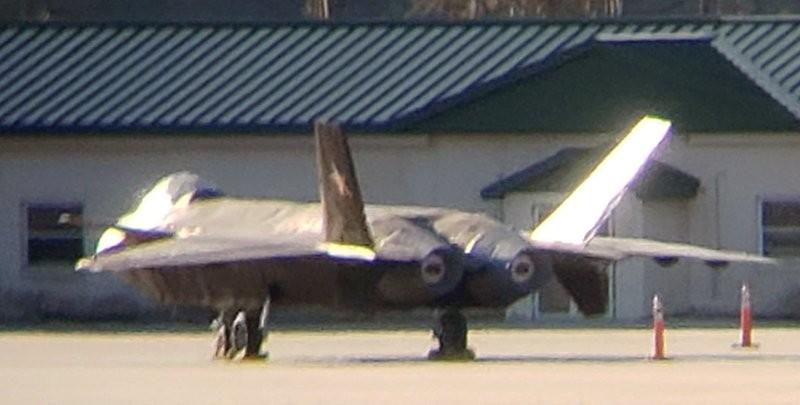 Thực hư vụ tiêm kích J-20 Trung Quốc xuất hiện ở căn cứ Mỹ - ảnh 2