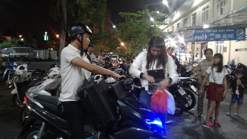 Bảo vệ ga Sài Gòn biến mất cùng tiền mua vé tàu Tết của khách - ảnh 1