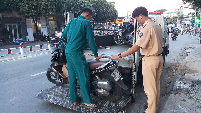 Tai nạn giao thông, người đàn ông không đội mũ bảo hiểm tử nạn - ảnh 1