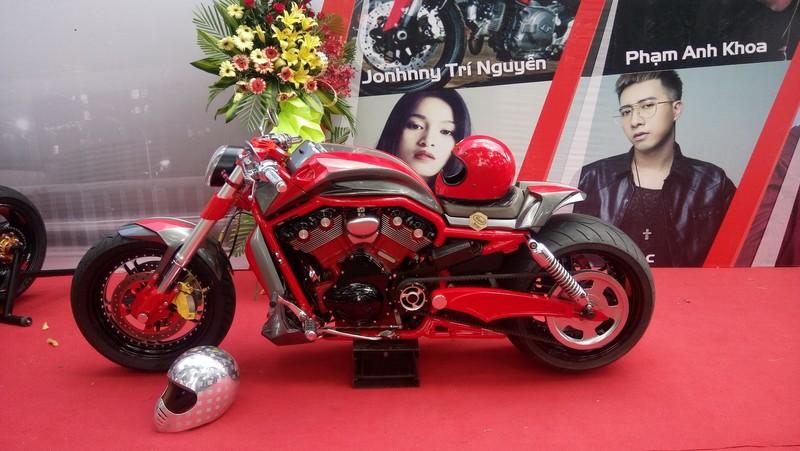 Bóng hồng làm 'nóng' đại hội mô tô lớn nhất Việt Nam - ảnh 5