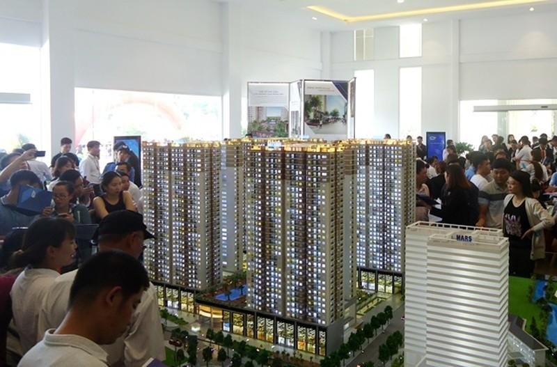 """Hàng ngàn căn hộ vẫn tung ra thị trường bất chấp """"sốt"""" đất - ảnh 2"""