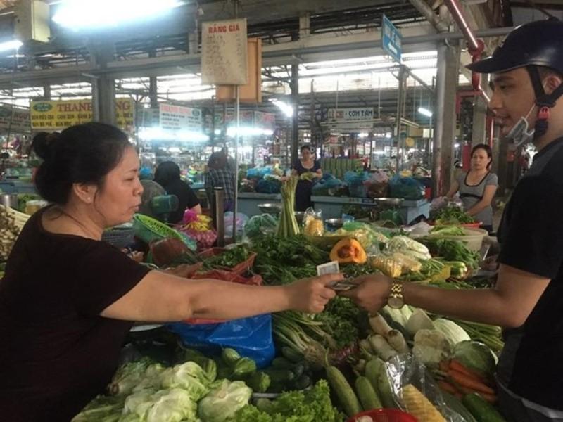 Làm gì để tránh ngộ độc thực phẩm mùa mưa lũ? - ảnh 2
