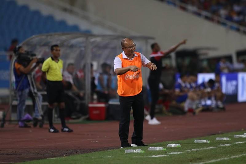 Văn Hậu lập siêu phẩm, U-23 Việt Nam thắng Oman phút 89 - ảnh 1
