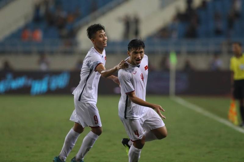 Văn Hậu lập siêu phẩm, U-23 Việt Nam thắng Oman phút 89 - ảnh 7
